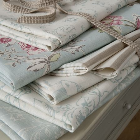 linen curtain fabric